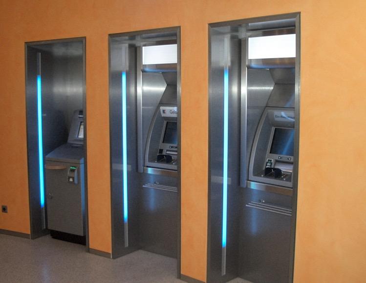 Bank in Ismaning (bei München)